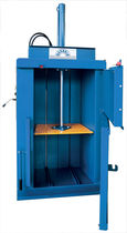 front loading single chamber vertical baling press 3 t, 30 - 80 kg | MG3 ECO Ausonia