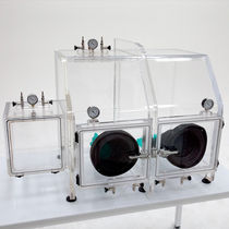 glove box with controllable atmosphere 210 series Terra Universal Inc.