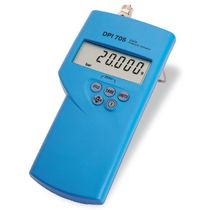 hand-held digital pressure indicator 1 - 10 000 psi | DPI 705 GE Sensors and Measurement