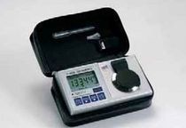 hand-held digital refractometer  J.P Selecta