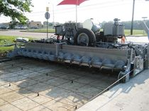 heavy duty paver for concrete slabs 12' - 17' (3.66 - 8.23 m) | FP-2700 Power Curbers, Inc.