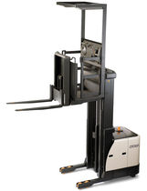 high lift vertical order picker with fixed forks max. 1 000 kg, max. 10 800 mm | SP 3522 CROWN