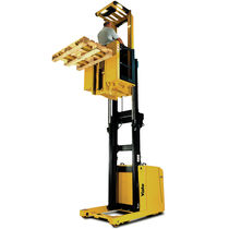 high lift vertical order picker with lifting forks 1.0 t | MO10, MO10S Yale