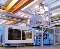 horizontal hydraulic injection molding machine for bottle pre-form manufacturing XFORM SIPA S.p.A.
