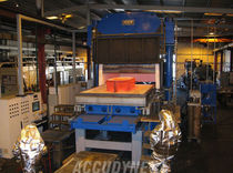 hydraulic forming press max. 1 800 °F ACCUDYNE ENGINEERING and EQUIPMENT COMPANY