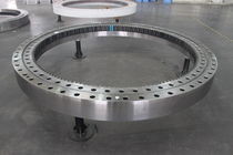 internal toothed triple row roller slewing ring 100 - 8500 mm THB Bearings