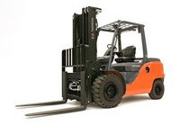 large engine powered pneumatic tire forklift truck 8 000 - 17 500 lbs | 8FDxxU series Toyota Industrial Equipment