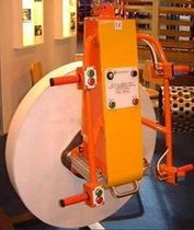 lifting device for roll  SCM Materials Handling