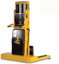 manual straddle stacker 1 000 - 2 500 lb | IBH series Big Joe Forklifts / Big Lift LLC
