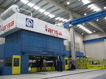 mechanical transfer press 6 300 - 25 000 kN Arisa