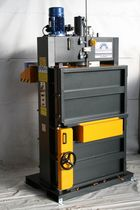 medium power single chamber vertical baling press 2.6 kg/cm², 180 - 300 kg | MG 18 T.V.E. Ausonia