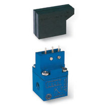 miniature pressure / vacuum switch max. 60 mbar | 120210  VUOTOTECNICA