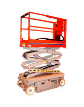pneumatic scissor lift max. 227 kg, max. 6.4 m | 1532A Man & Material Lift Engineering