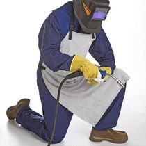 protective clothing: apron  Evermatic Oy