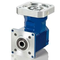 right angle bevel servo-gear reducer max. 150 Nm, i= 3:1 - 10:1 | SKH series VOGEL