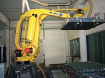 robotic palletizer: articulated type  H.G. Molenaar