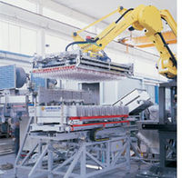 robotic palletizer: articulated type max. 36 000 p/h Lanfranchi S.r.l.