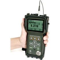 rugged ultrasonic thickness gauge 0.005 - 20.00 in (0.13 - 500 mm) | CL5 GE Inspection Technologies