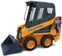 skid steer loader 1 352 kg  Mustang Manufacturing Company, Inc.