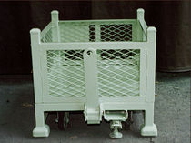 stackable wire mesh container Bin 045  Streator Dependable