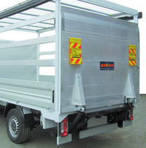 standard tail lift for truck max. 800 kg | F3CL 080 ANTEO