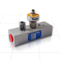 turbine flow-meter with SR output 400 lpm (100 US gpm), 420 bar (6000 psi) | CT60, CT150 Webtec Products Limited
