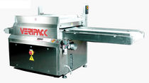 vacuum chamber packaging machine with conveyor VKB series Veripack Packaging Division of FNC, Fabbrica Nazionale Cilindri S.p.A.