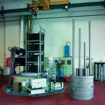 vertical shaft furnace max. 1 000 °C | T series IVA  Industrieöfen