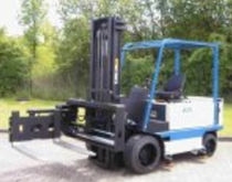 very narrow-aisle (VNA) swing mast electric forklift truck max. 1.5 t | EFG..XES series MIAG