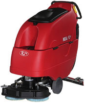walk behind scrubber-dryer for large sized areas 600 - 800 mm, 2 000 - 5 000 m² | Mega II RCM S.p.A.