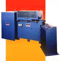 wire straightening machine  Thompson & Hudson Wire Machinery