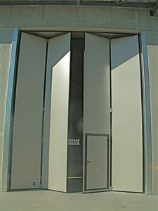 folding doors / hangar / industrial / large & Large door - All industrial manufacturers - Videos