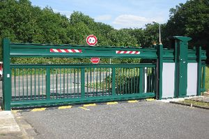 sliding gate motorized aluminum