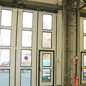 folding door / exterior / industrial / large