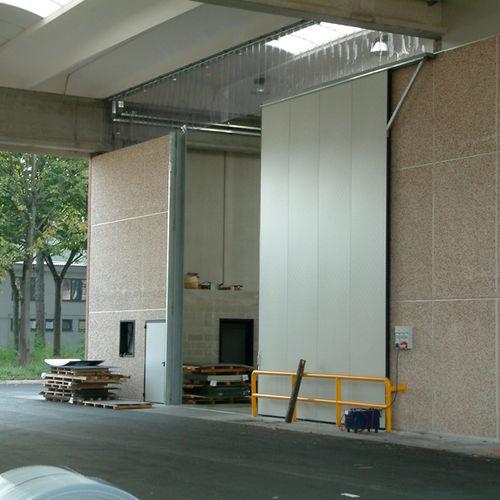folding door / PVC / for overhead cranes / industrial