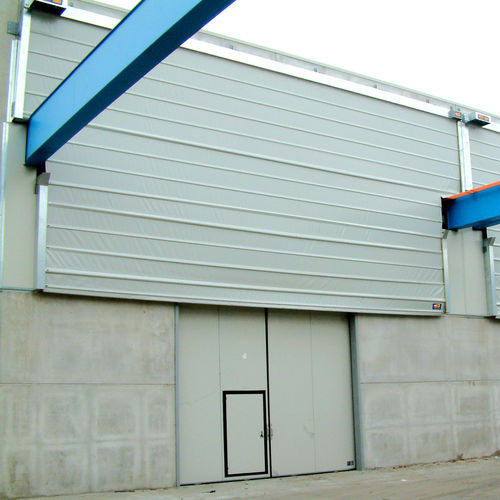 fold-up door / for overhead cranes / industrial / automatic