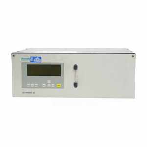 carbon dioxide analyzer / carbon monoxide / infrared absorption / benchtop