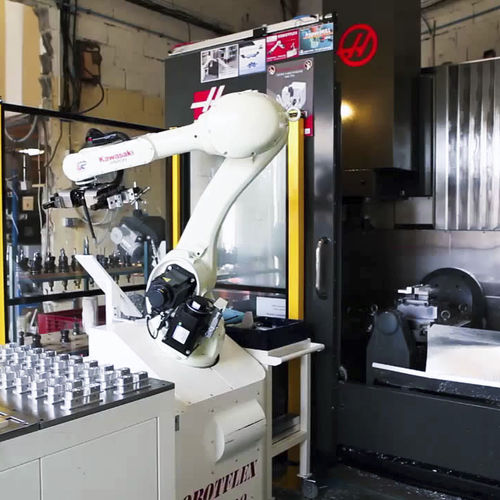 robotic loading cell / palletizing / unloading / for machine tools