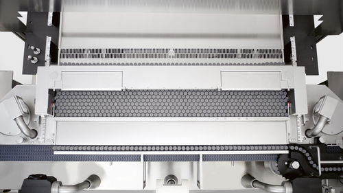 loading and unloading system for the pharmaceutical industry / automatic