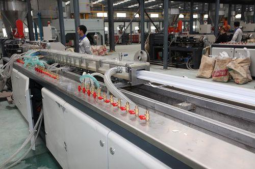 tube extrusion line - Jiangsu Xinrong Sinence & Technology Development Co,. Ltd.