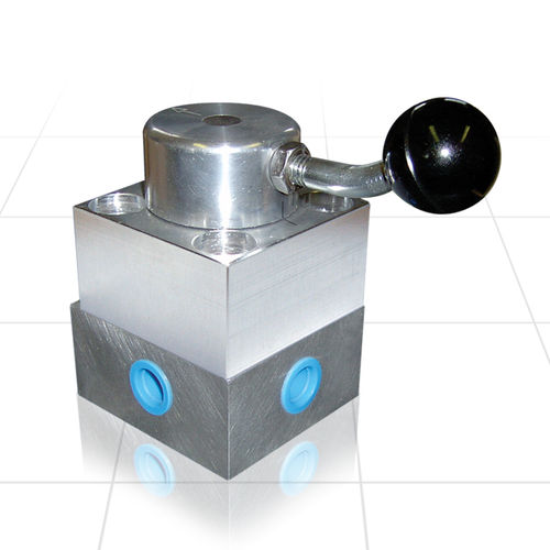 rotary pneumatic directional control valve / manual / 4-way