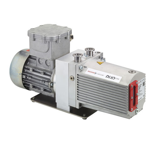 rotary vane vacuum pump / lubricated / two-stage