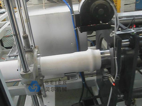 automatic belling machine / for PVC pipes