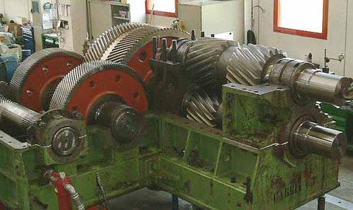 helical gear reducer / parallel-shaft / high-precision / industrial