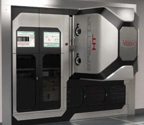 PVD deposition machine / ion beam-assisted