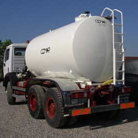 water tank / stainless steel / carbon steel / cylindrical