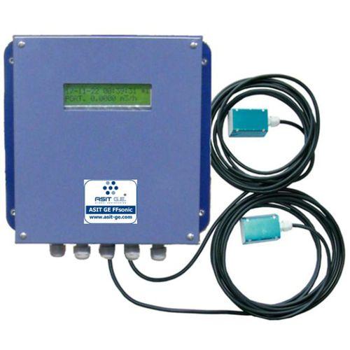 ultrasonic flow meter / for liquids / 4-20 mA / compact