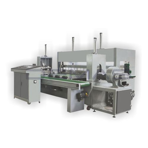 automatic packaging machine / film / for the textile industry / with sealing bar