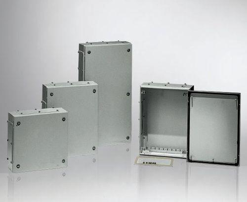 wall-mounted junction box / IP66 / sheet steel