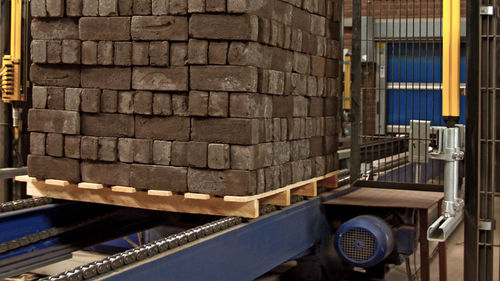 chain conveyor / pallet / for precast concrete / stationary